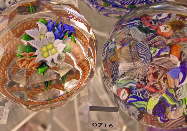 Glass Paperweight,V&A Museum
