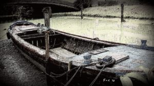 FF 23012015 Photo Prompt Boat Antiqued by Georgia Koch