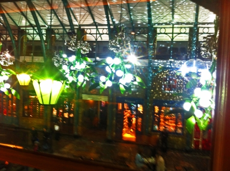 covent-garden-mistletoe-lights-ii-15-december-2016